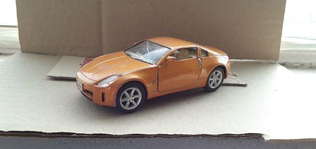 Игрушечная машинка Nissan 350Z
