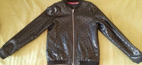 Куртка для дівчинки 134 см