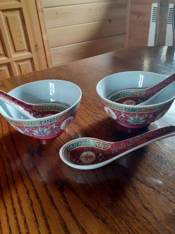 Miseczki z chińskiej porcelany