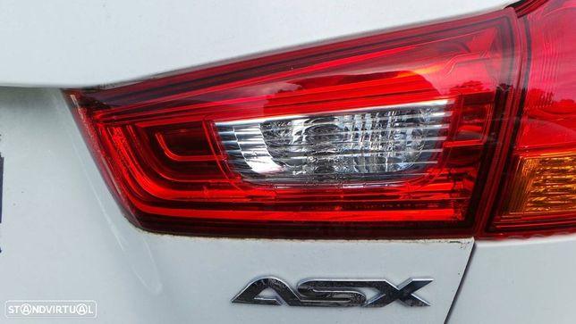 Farolim Direito Da Mala Mitsubishi Asx (Ga_W_)
