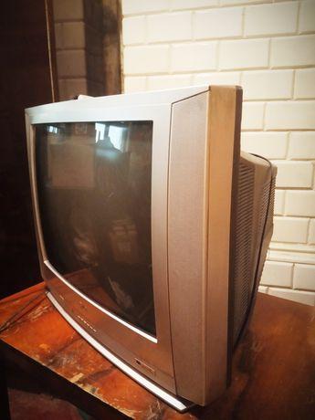 Телевизор LG в хорошем состоянии, всё работает. Самовывоз, Центр
