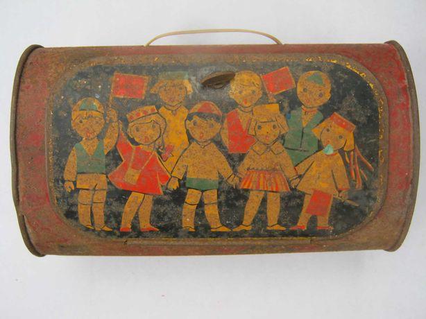 Сундучок чемоданчик детский металлический.