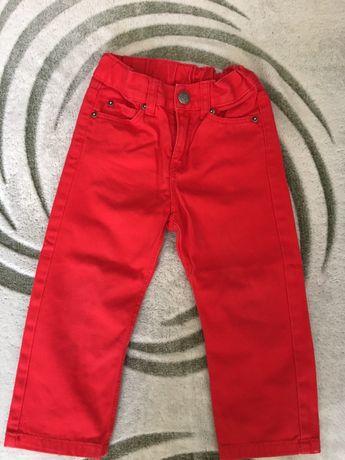 Обалденные яркие джинсы hm на 1,5-2 года по бирке