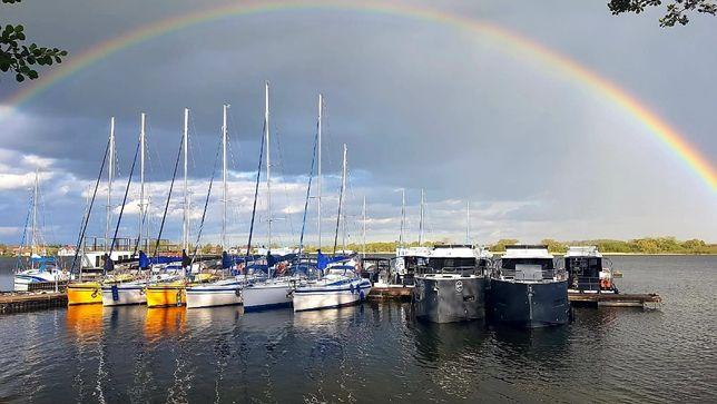 Czarter jachtu Mazury TES Dreamer 32 wakacje majówka 2021 flota 5x Tes
