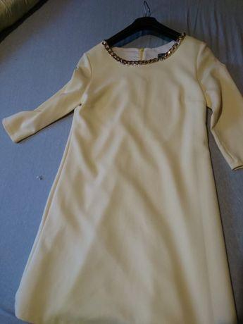 Sukienka żółta z łańcuszkiem rozmiar 36