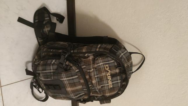Рюкзак для гірського туризму Dakine Heli Pro 20L