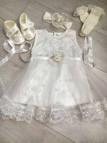 Набор с платьем для девочки на крещение до 3 месяцев
