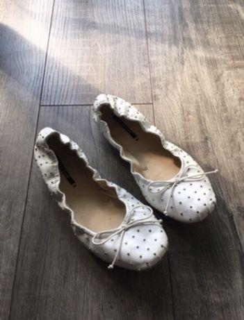 Buty na płaskim obcasie baleriny Zara 37