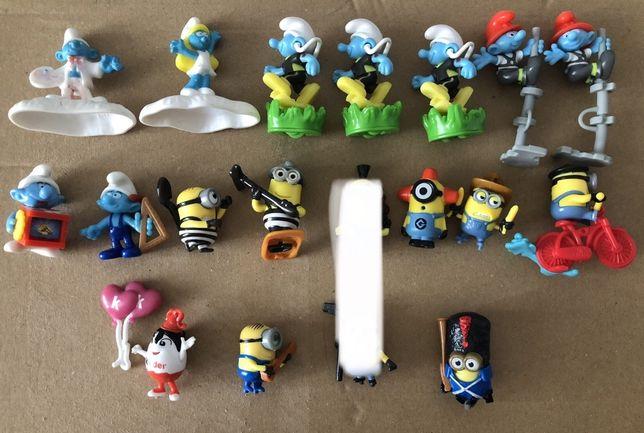Figurki Kinder Jajo Minionki Smerfy