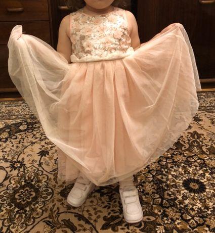 Красивое платье HM для принцессы