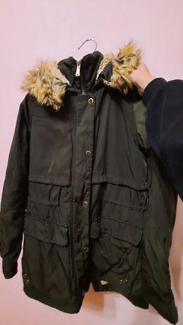 Тепла зимова курточка