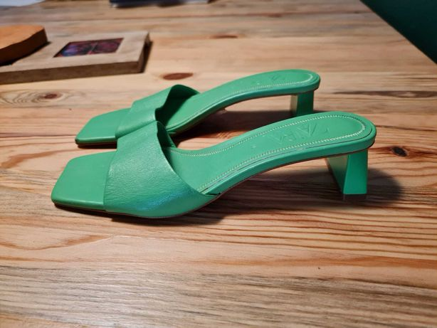 Mules Pele Verdes Zara | 38 (Nunca usados)