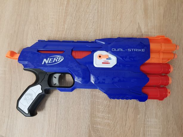 Nerf Oual Strike