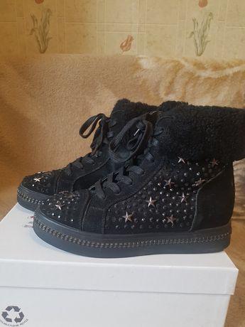 Зимние женские  ботинки еврозима женские ботинки 35 р осень зима