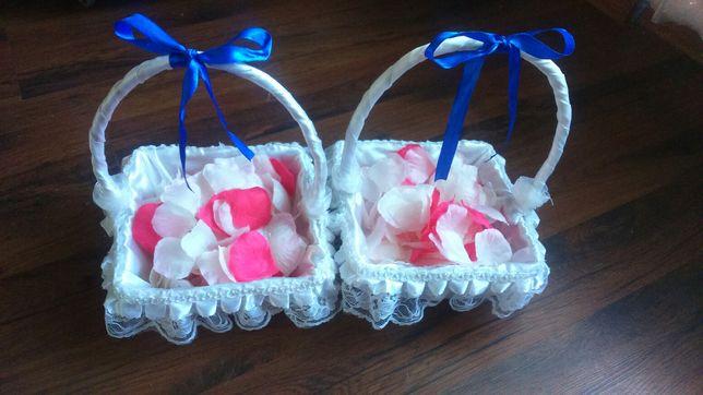 Koszyczki + płatki róż