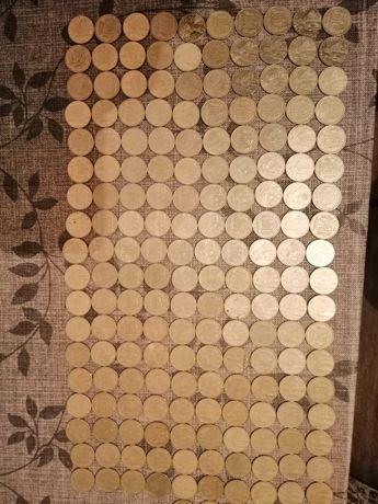 180 монет украинская гривна 1 монеты разных городов