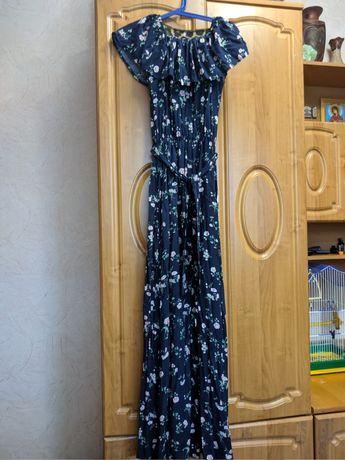 Платье в мелкий цветок