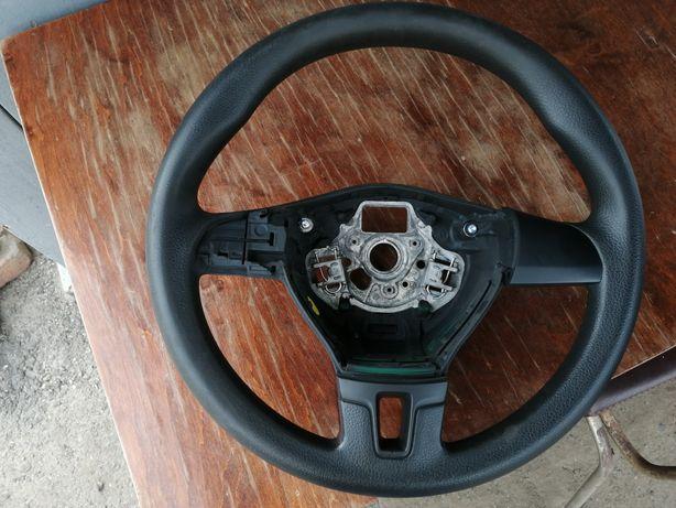 Руль Passat B7