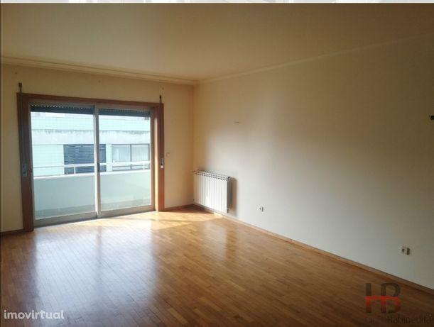 Apartamento T2 Arrendamento em Pedrouços,Maia