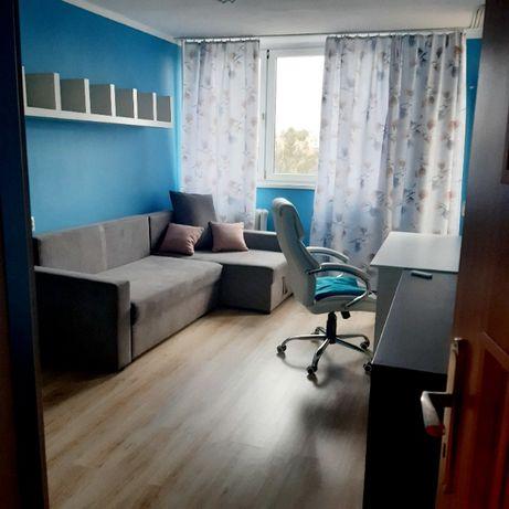 Pokój jednoosobowy z balkonem w mieszkaniu dwupokojowym, w centrum