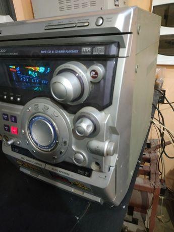 Музыкальный центр 1000р