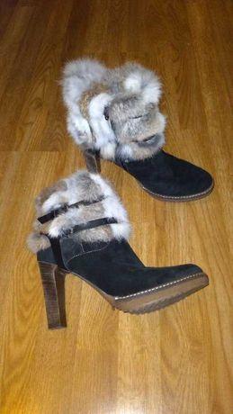 Ботинки новые с мехом 41р Minelli деми кожаные черные