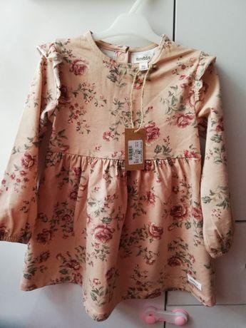 Sukienka Newbie 86