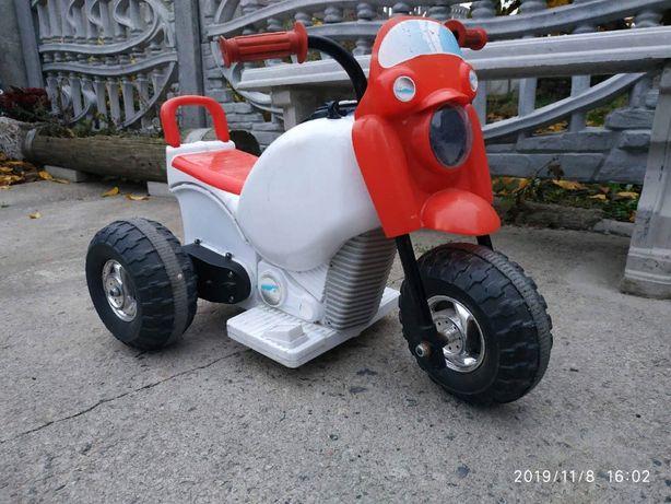 Электромобиль детский , мотоцикл