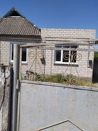 Продам пол дома в Олешках