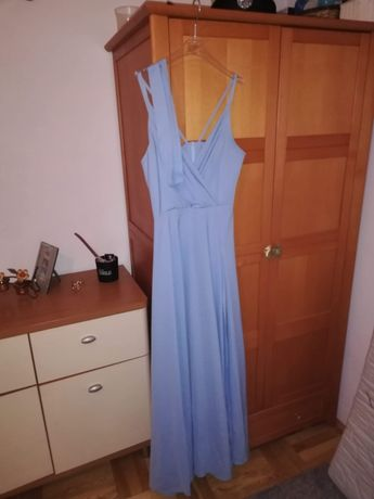 Piekna suknia