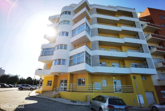 Apartamento T1, excelentes áreas, vista desafogada, Bemposta