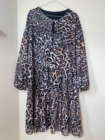 Sukienka w panterkę 44/46 XL XXL