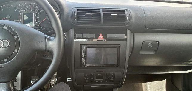 Moldura 2DIN para consolas Audi A3 8L ou Audi A4 B6 e B7