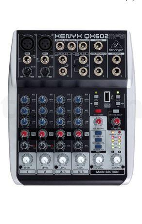 Mesas de mistura Behringer Xenyx QX602MP3 + Xenys 502