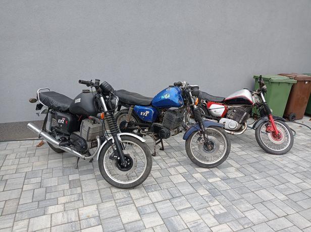 Trzy MZ ETZ 251 do remontu lub na części