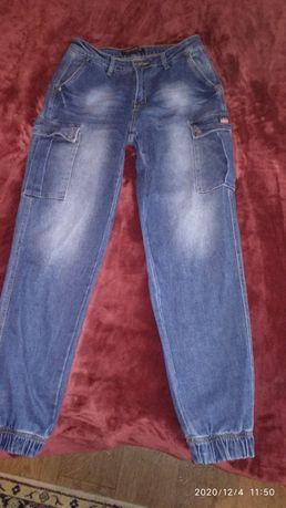 Женские осенние джинсы. Джоггеры. На манжете.
