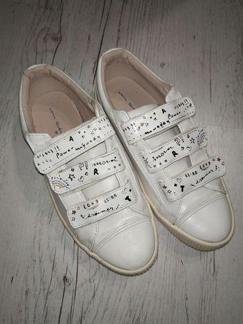 Кеди, кросівки фірми Zara