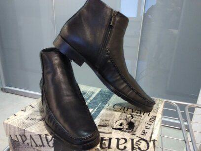 Продам кожаные зимние полусапоги / ботинки Luciano Carvari
