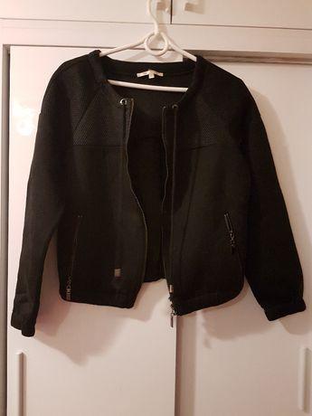 czarna bluza z pianki