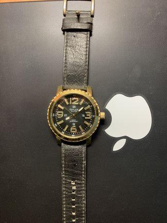 Подам наручные часы Qmax