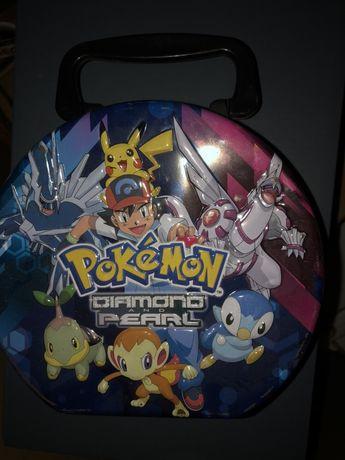Caixa metálica Pokémon