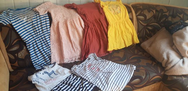 letnie sukienk i strój kąpielowy   dla  dziewczynki w rozmiarze 140 cm