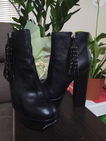 Шкіряні черевики 38р. в ідеальному стані, 1000 грн.