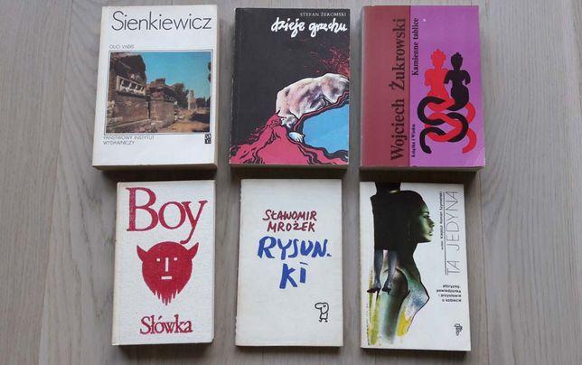 Książki - różne ( cena za szt. 4,40 zł )