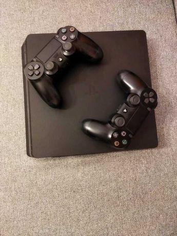 konsola PS4 slim 1TB plus gry