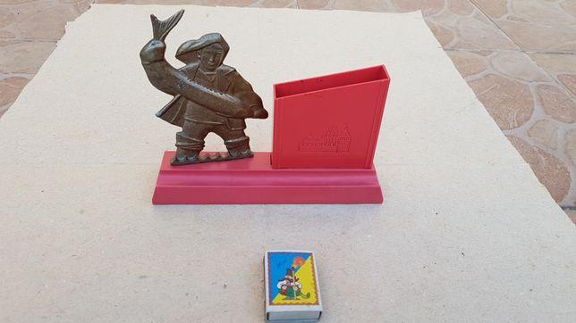 Настольная подставка для ручек, карандашей Рыбак (Астрахань), СССР