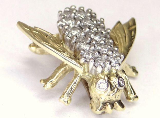 """Брошь """"Пчела"""" из золота 585 пробы с бриллиантами"""