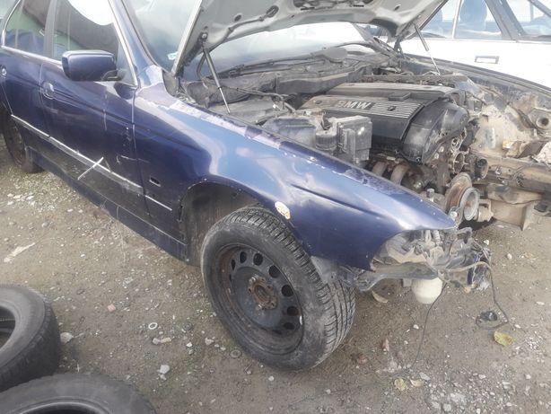Розборка BMW E39.