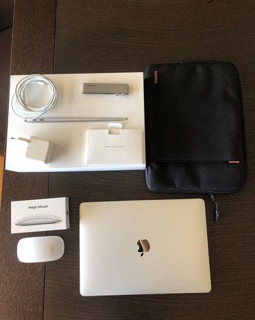 Apple MacBook Air M1 13.3 como novo e Acessórios