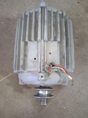 Эл двигатель 2.2квт
